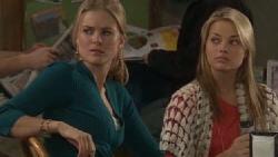 Elle Robinson, Donna Freedman in Neighbours Episode 5552