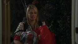 Donna Freedman in Neighbours Episode 5552