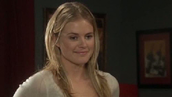 Elle Robinson in Neighbours Episode 5553