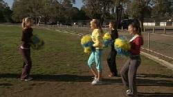 Elle Robinson, Donna Freedman, Bridget Parker, Rachel Kinski in Neighbours Episode 5553