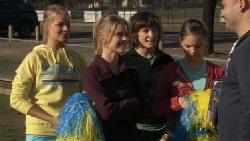 Donna Freedman, Elle Robinson, Bridget Parker, Rachel Kinski, Steve Parker in Neighbours Episode 5553