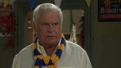 Lou Carpenter in Neighbours Episode 5554