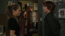 Sienna Cammeniti, Logan Ellis in Neighbours Episode 5554