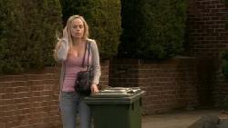 Nicola West in Neighbours Episode 5555