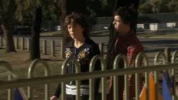 Bridget Parker, Zeke Kinski in Neighbours Episode 5555