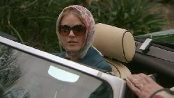 Elle Robinson in Neighbours Episode 5556