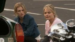 Donna Freedman, Elle Robinson in Neighbours Episode 5556