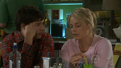 Zeke Kinski, Donna Freedman in Neighbours Episode 5557