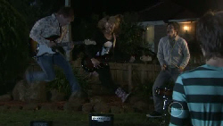 Ringo Brown, Donna Freedman, Zeke Kinski, Ty Harper in Neighbours Episode 5557