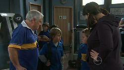 Lou Carpenter, Mickey Gannon, Callum Jones, Kelly Katsis in Neighbours Episode 5558