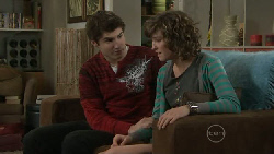 Declan Napier, Bridget Parker in Neighbours Episode 5560