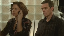 Rebecca Napier, Paul Robinson in Neighbours Episode 5866