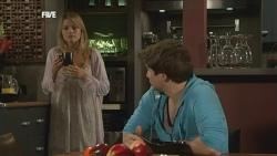 Donna Freedman, Declan Napier in Neighbours Episode 5867