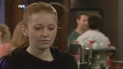 Mia Zannis, Lucas Fitzgerald, Zeke Kinski in Neighbours Episode 5870