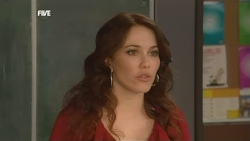 Libby Kennedy in Neighbours Episode 5871