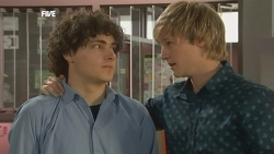 Harry Ramsay, Andrew Robinson in Neighbours Episode 5871