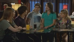 Mia Zannis, Zeke Kinski, Declan Napier, Kate Ramsay, Donna Freedman in Neighbours Episode 5872