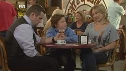 Toadie Rebecchi, Callum Jones, Steph Scully in Neighbours Episode 5873