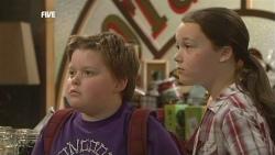 Callum Jones, Sophie Ramsay in Neighbours Episode 5874