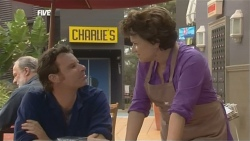 Lucas Fitzgerald, Lyn Scully in Neighbours Episode 5874