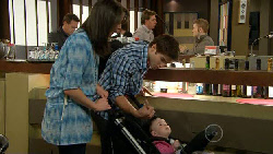Kate Ramsay, Declan Napier, India Napier in Neighbours Episode 5875
