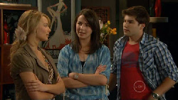 Donna Freedman, Kate Ramsay, Declan Napier in Neighbours Episode 5875
