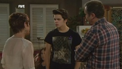 Susan Kennedy, Libby Kennedy, Zeke Kinski, Karl Kennedy in Neighbours Episode 5877