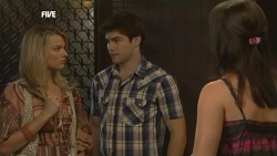 Donna Freedman, Declan Napier, Kate Ramsay in Neighbours Episode 5877
