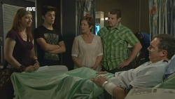 Mia Zannis, Zeke Kinski, Susan Kennedy, Toadie Rebecchi, Karl Kennedy in Neighbours Episode 5877