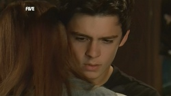 Mia Zannis, Zeke Kinski in Neighbours Episode 5877