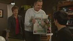 Susan Kennedy, Karl Kennedy, Zeke Kinski in Neighbours Episode 5878