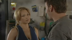 Steph Scully, Lucas Fitzgerald in Neighbours Episode 5878