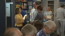 Nurse Jodie Smith, Karl Kennedy, Susan Kennedy in Neighbours Episode 5878