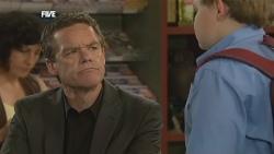 Paul Robinson, Callum Jones in Neighbours Episode 5879