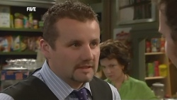 Toadie Rebecchi, Lyn Scully, Lucas Fitzgerald in Neighbours Episode 5879