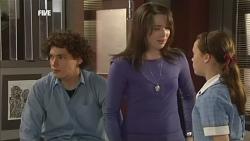 Harry Ramsay, Kate Ramsay, Sophie Ramsay in Neighbours Episode 5879