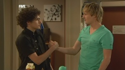 Harry Ramsay, Andrew Robinson in Neighbours Episode 5880