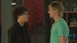 Harry Ramsay, Andrew Robinson in Neighbours Episode 5881
