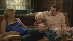 Steph Scully, Charlie Hoyland, Toadie Rebecchi in Neighbours Episode 5883