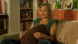 Steph Scully in Neighbours Episode 5884
