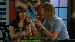 Summer Hoyland, Andrew Robinson in Neighbours Episode 5884