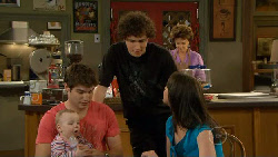 India Napier, Declan Napier, Harry Ramsay, Lyn Scully, Kate Ramsay in Neighbours Episode 5884