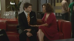 Declan Napier, Rebecca Napier in Neighbours Episode 5886