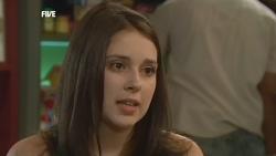 Renee Righetti in Neighbours Episode 5886