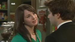 Kate Ramsay, Declan Napier in Neighbours Episode 5886