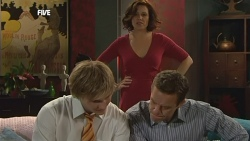 Andrew Robinson, Rebecca Napier, Paul Robinson in Neighbours Episode 5887