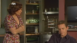 Rebecca Napier, Paul Robinson in Neighbours Episode 5887