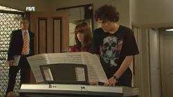 Andrew Robinson, Summer Hoyland, Harry Ramsay in Neighbours Episode 5888