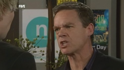 Andrew Robinson, Paul Robinson in Neighbours Episode 5888