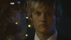 Andrew Robinson in Neighbours Episode 5888